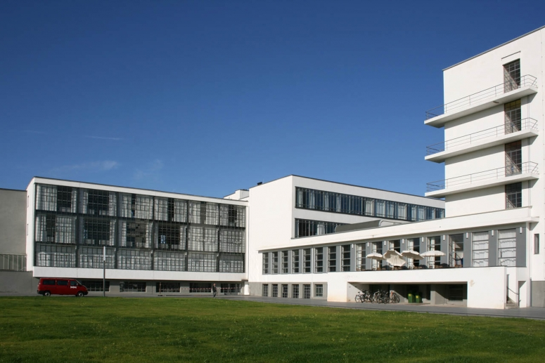 germanys centre of modern art and forward thinking architecture in the 1920s Explore federico rossi's board weimar art on pinterest being too modern find this pin and more on weimar art by national d'art moderne, centre.