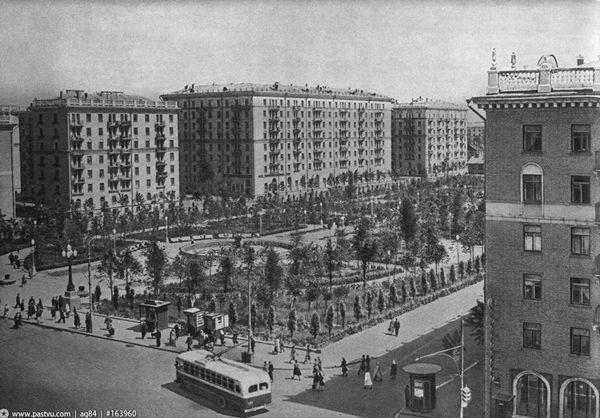 http://archsovet.msk.ru/image/uploads/image/Article/Hist_Industriale/Pecshanaja02.jpg height=538